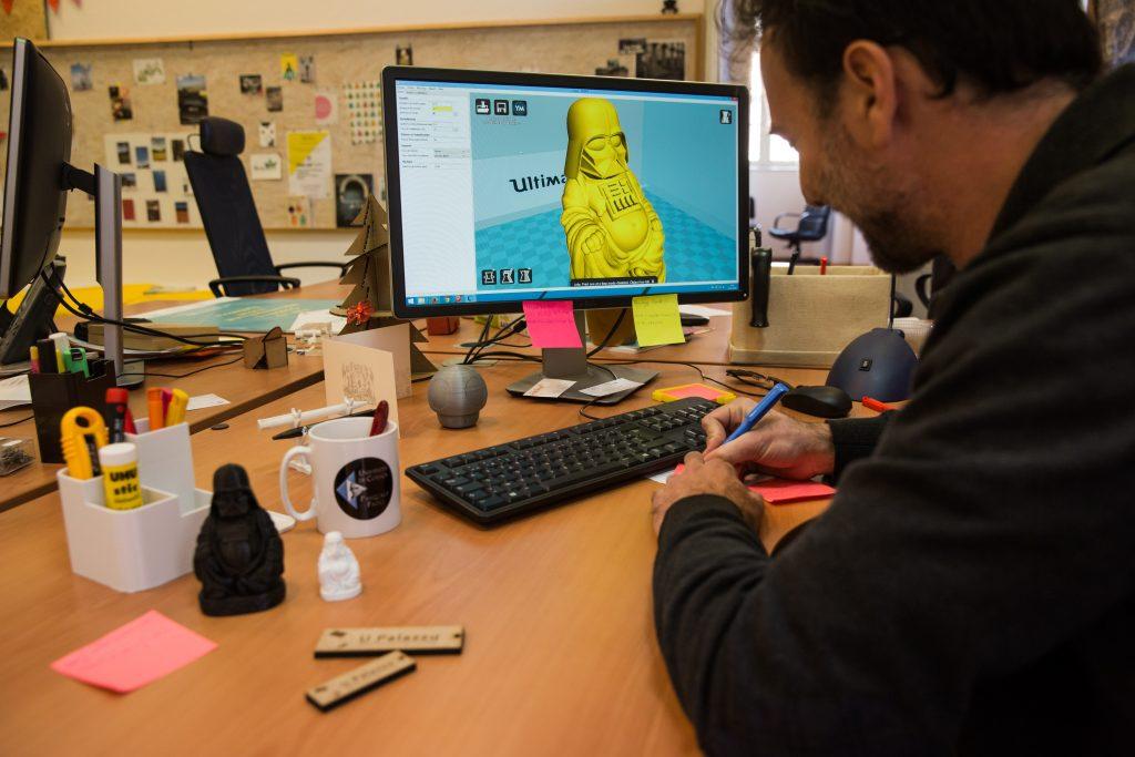 Modélisation 3D au Fab Lab Corti de l'Université de Corse