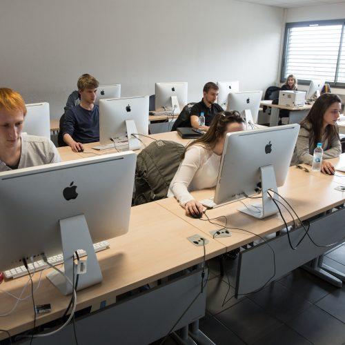 Salle informatique de l'IUT de Corse
