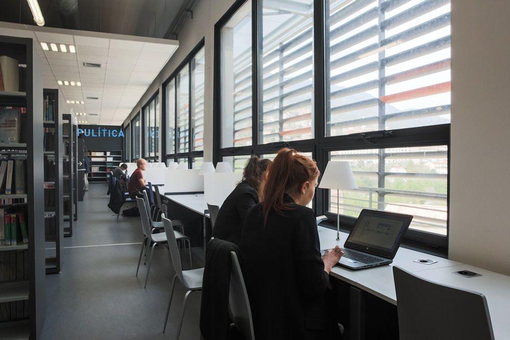 Bibliothèque universitaire, campus Grimaldi